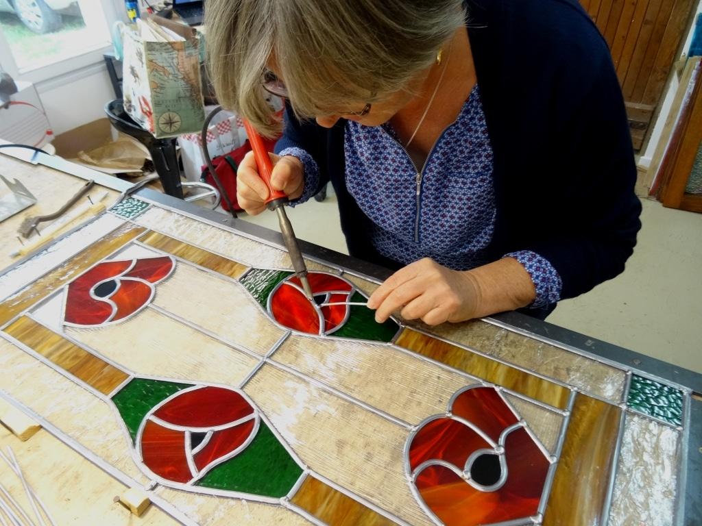 Atelier Sud Vitrail Mosaïque du 7 octobre 2016 : Soudure du vitrail