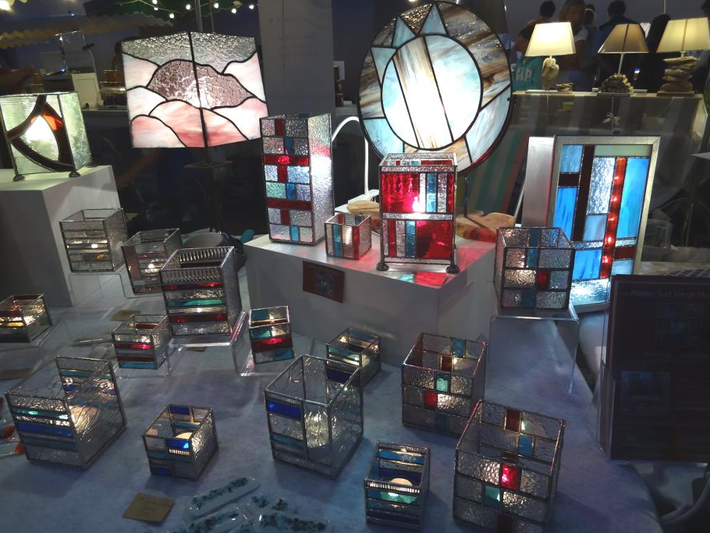 Créations Sud Vitrail Mosaïque : lampes, photophores, tableaux lumineux...