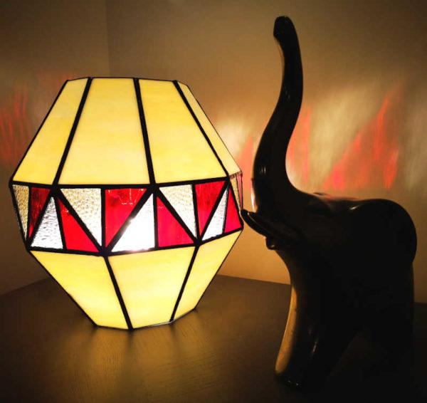 Lampe en vitrail Tiffany de Style montgolfière - Sud Vitrail Mosaïque