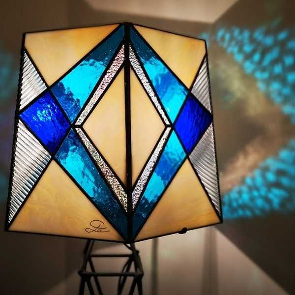 Lampe Tour Eiffel – Vitrail Tiffany Bleu