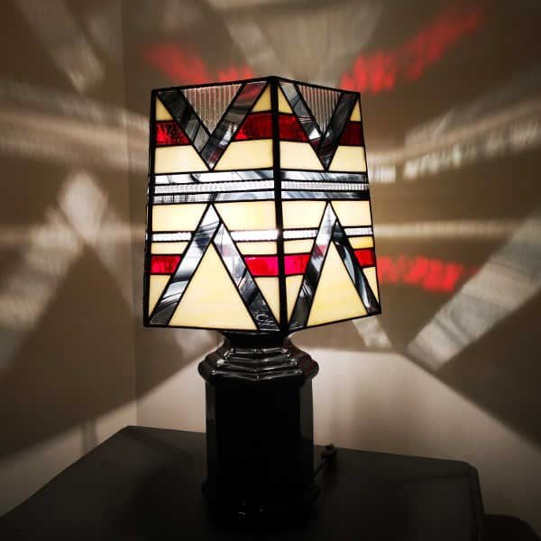 "Lampe Art Déco en Vitrail ""Tiffany"" rouge"
