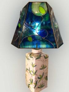 Lampe Chine en vitrail Tiffany bleu-vert - Sud Vitrail Mosaique