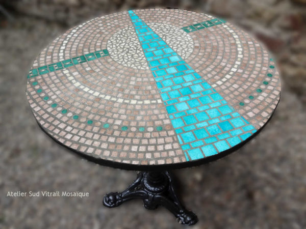 Table bistrot Ouverture en mosaique d'émaux de Briare - Sud Vitrail Mosaique