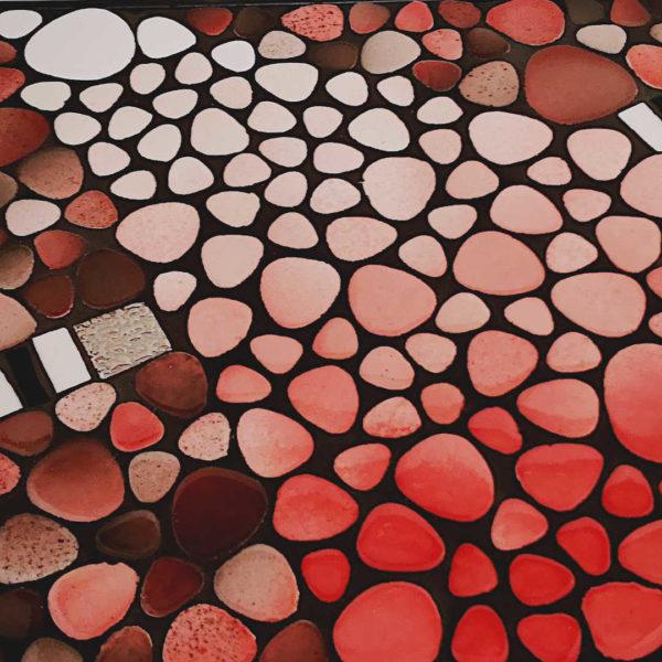 Console mosaïque – Galets gris et rose