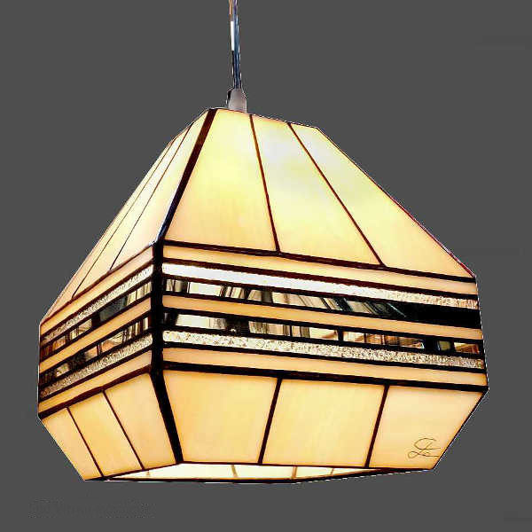 Suspension en Vitrail Tiffany Art Déco – Luminaire pyramidal beige et noir