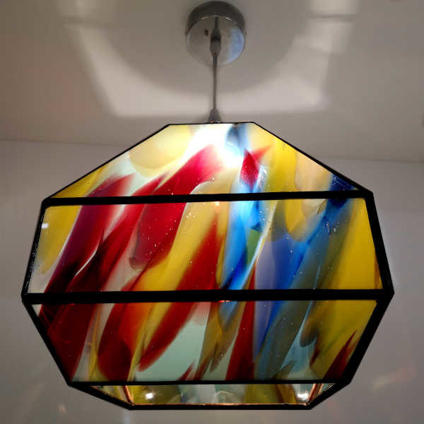 Suspension multicolore en Vitrail Tiffany - Création unique Sud Vitrail Mosaïque