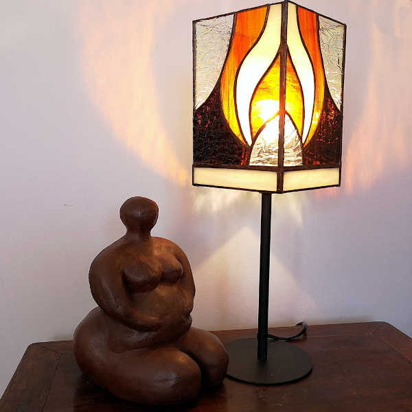 Lampe de table orange sur pied en Vitrail Tiffany