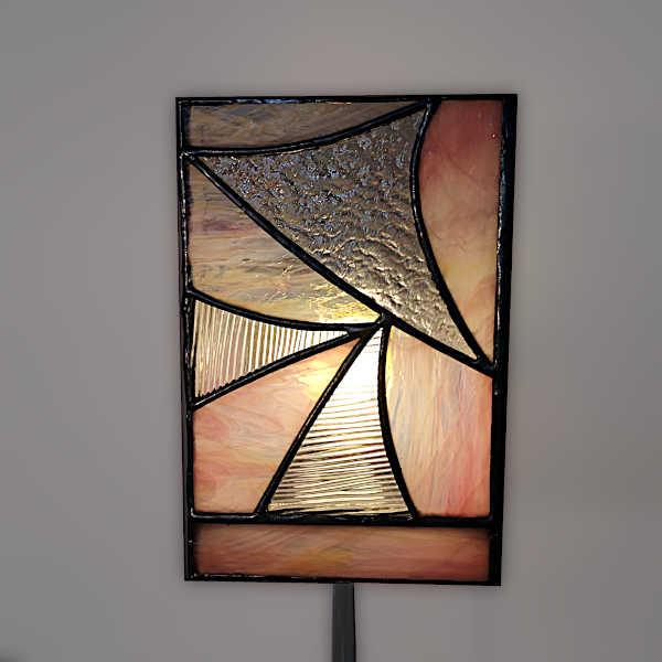 lampe vitrail sur pied Rose - Face3 - Sud Vitrail Mosaique